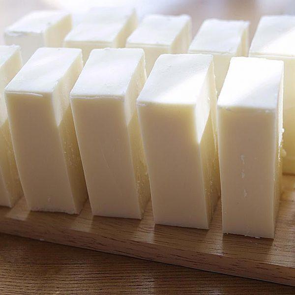 3-ing-soap-174283201-resized-58adf9735f9b58a3c9fad0f4